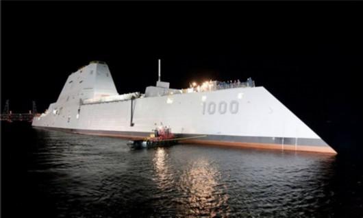 说明:美军首艘朱姆沃尔特级驱逐舰.-美上将诬中国在南海恃强凌弱