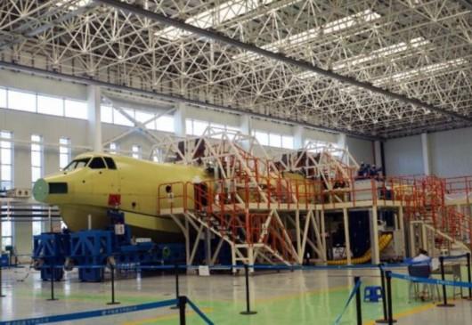 国产两栖飞机ag600机身大部件完成对接开铆[图]-中航